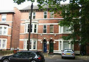 Short Stay from 18 pounds Night per person, Contractors, Visitors, Massive 6 Bed Furnished House