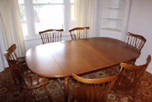 mobilier table lampe