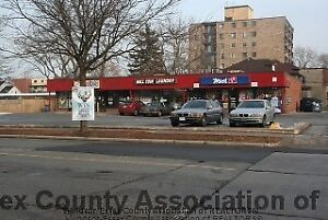 Commercial space near U of W for lease!