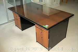 Office Desk - C