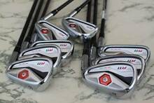 Taylor Made R11 Regular Graphite Shafts 4 to A wedge 3 iron Steel Scarborough Stirling Area Preview