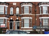2 bedroom flat in Derby Road, Manchester, M14 (2 bed) (#991710)