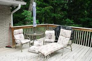 Patio Set. B