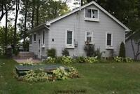 St. Joseph Lake Front Cottage on Lake Huron / Private Beach/ Air