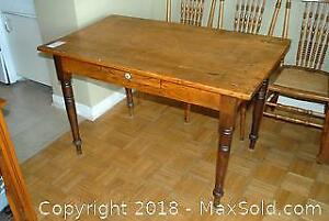 Antique Canadiana Harvest Pine Table C