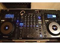 CDJ 900NXS X 2 DJM 900SRT Mixer All Pioneer