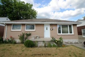 PERFECT STARTER HOME OR INVESTMENT!!!