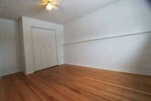 Available Immediately Room for Rent in West end House