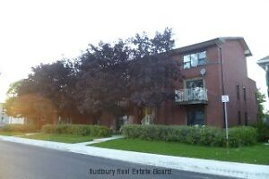 Large 2 bedroom apartment with balcony and extra storage