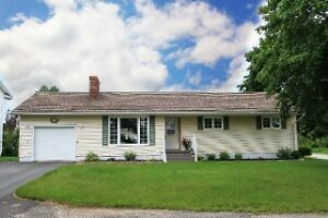 SUNDAY OPEN HOUSE--107 FERGUSON ST--SEPT 25--1:00PM - 2:30PM