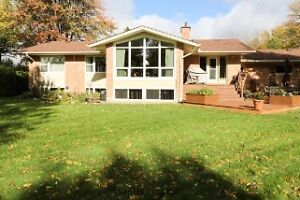 EXCELLENT RENOVATED NORTH 3 BEDROOM -DOUBLE GARAGE London Ontario image 14