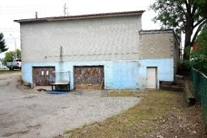 2 Bay Garage for automotive repair shop move in ready Cambridge Kitchener Area image 1