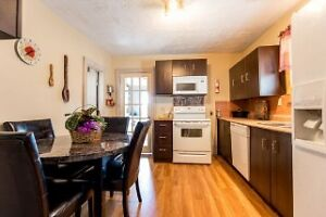 Reduced! Perfect for first time buyers or as investment property Windsor Region Ontario image 10
