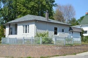 OPEN HOUSE SAT OCT 15th 10AM-11:30AM. $139,900 FOR QUICK SALE!