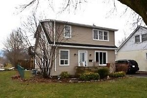 Renovated upper 2 bed 1 bath, available immediately $1250 incl.
