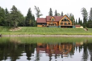 Incredible Lodge with salmon pool in front!