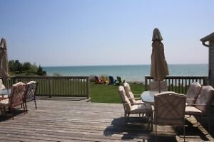 WATERFRONT AT ITS BEST LOOK NO MORE THIS IS 4 U  $325.000 London Ontario image 4