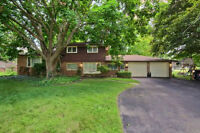 6BR Ingersoll Home Offers Lots of Space for the In-laws!!