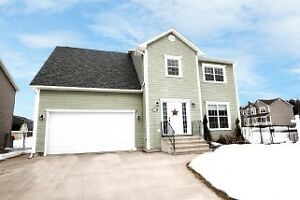 Spacious 2 Story Home, 4 Beds & 3.5 Baths!