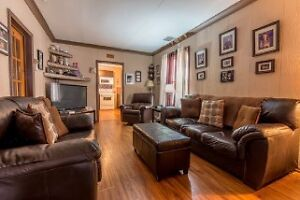 Reduced! Perfect for first time buyers or as investment property Windsor Region Ontario image 7