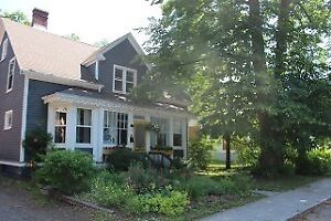 Lovely heritage home for winter rental