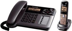 PANASONIC DIGITAL CORDED/CORDLESS PHONE AND ANSWERING SYSTEM