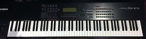Clavier Professionelle Yamaha S90-ES 88 Notes Touches Piano