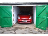Dry secure garage to let in Wood Green, nr Haringey, Alexandra Palace, Hornsey, Turnpike Lane