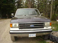 1990 Ford F-250 Brown Pickup Truck