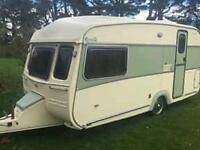 Classic Castleton Rosella Caravan