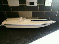 Traxxas Nitro Vee RC Speed Boat