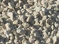 Driveway cotswold gravel 20mm stone cream free local delivery £45 a bag comes in bulk bags or loose