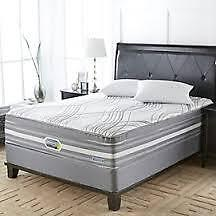 Simmons Hyland Valley queen mattress and boxspring for sale