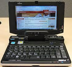 Fujitsu Tablette Windows 10 français U810 comme neuf West Island Greater Montréal image 1