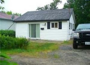Minnow Lake 2 Bedroom House - Large Property