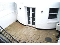 Lovely 2 bedroom 2 bath garden apartment open plan spacious lounge located in the heart of Angel N1