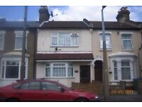 Maxwells are pleased to present this 3 double bedroom house located in Leytonstone