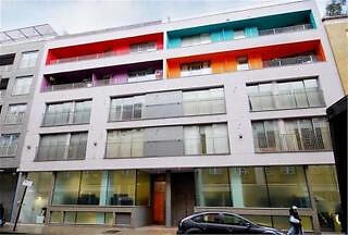 Modern, two bed Apartment near Spitalfields Market walking distance Aldgate East.