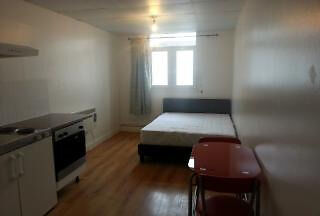 Spacious, newly refurbished, studio near the sought after area of Upper Street.