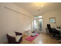 Beautiful One bed apartment, located moments from Great Portland Street and Euston