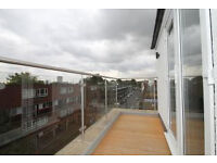 Beautiful contempory Four Bed Penthouse with *Large Roof Terrace* , located on Caledonian Road