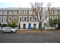 Stylish spilt level three bed apartment located in Holloway in a period converstion
