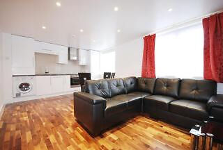 Immaculate One bed apartment with Private Terrace located in Richmond Avenue N1