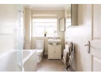 Amazing 3 Bedroom House in Rainham Spencer Road, Rainham
