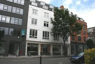 Contempory two bed apartment located in Clerkenwell a short distence to Barbican.