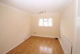 West Croydon, 3 Bed flat, 5mins from Mayday hospital, available now