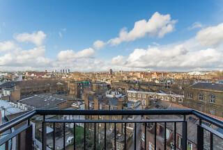 Contempory high spec 2 bed 2 bath apartment with a *Large Balcony* located on Regents Canal.