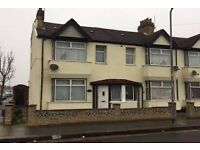 Maxwells are pleased to present this 4 bedroom House Located very close to South Park IG1 Must See!!