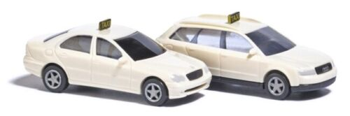 N Scale Model Vehicles - 8341 - Set of Two Taxi