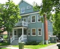 Great Central Halifax location 3 bedroom flat